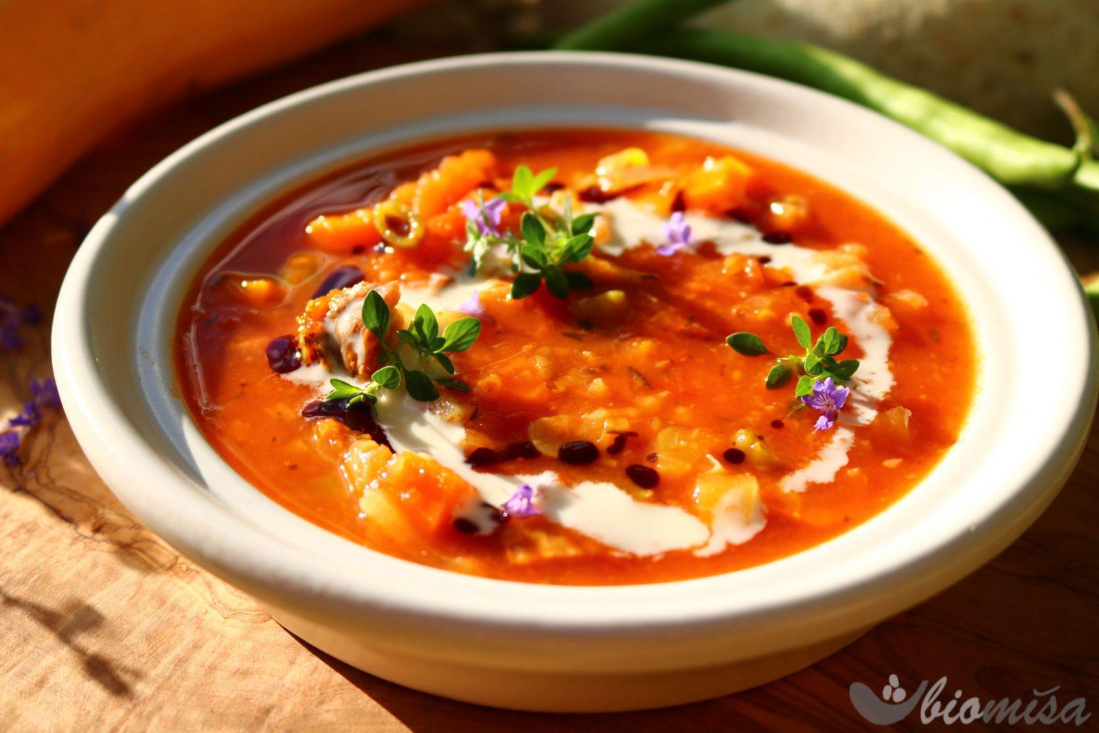 Letní rajčatová polévka