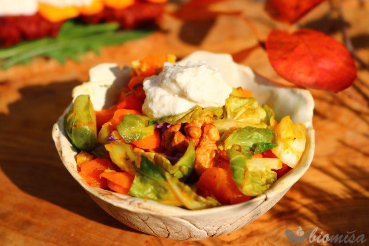 Kešu krém s glazovanou zeleninou