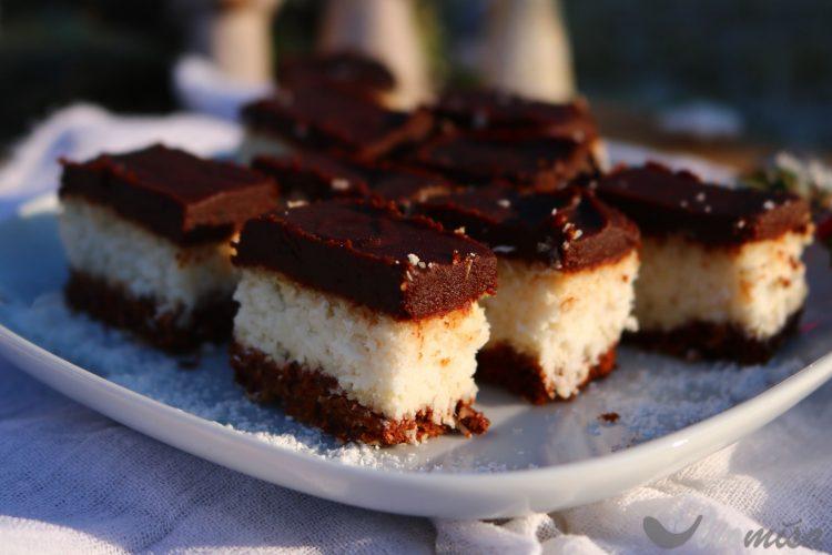 Kokosovo-čokoládové řezy